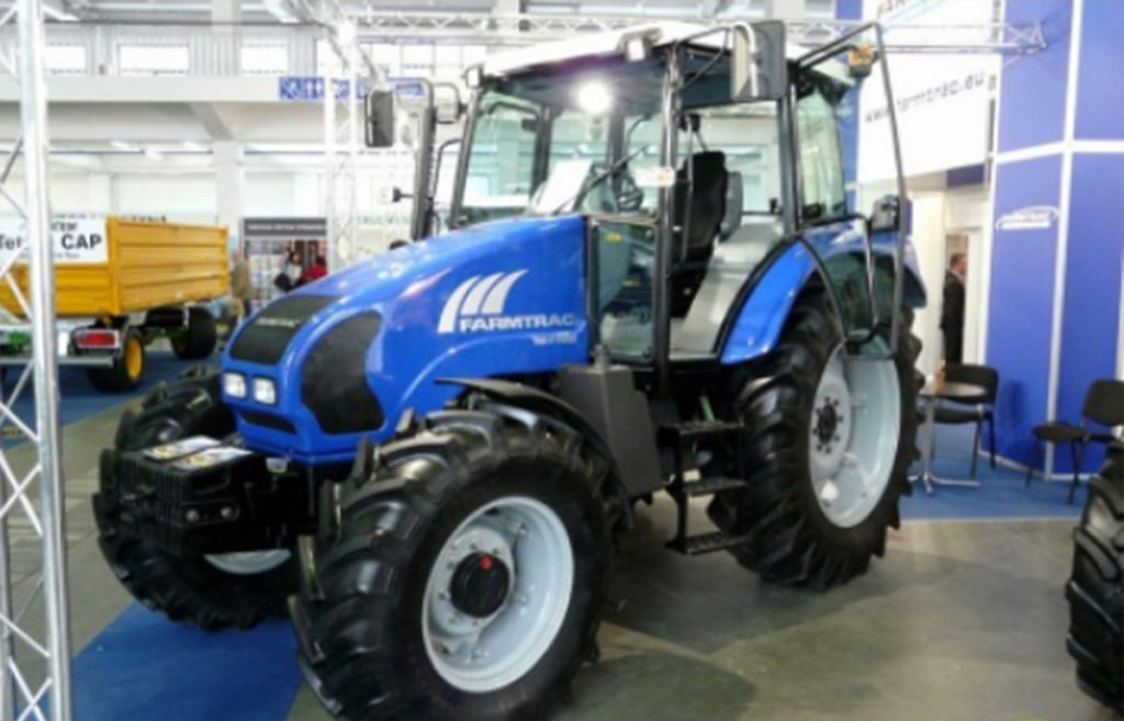 Traktor Farmtrac